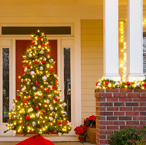 Stafford-ResidentialElectricalServices-HolidayLighting.jpg